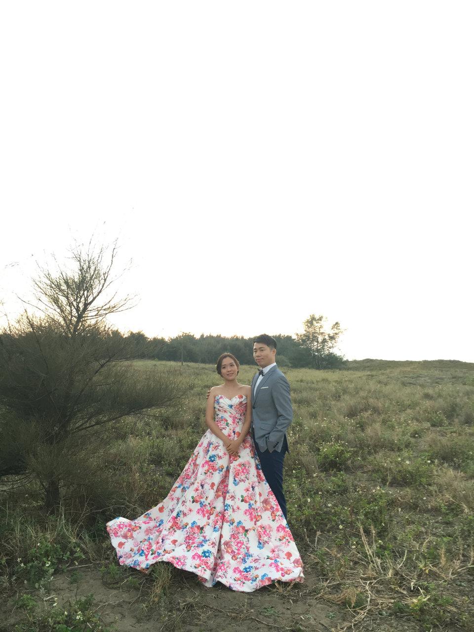 J2 wedding 板橋 手工訂製婚紗,拍婚紗照十分推薦J2wedding板橋店