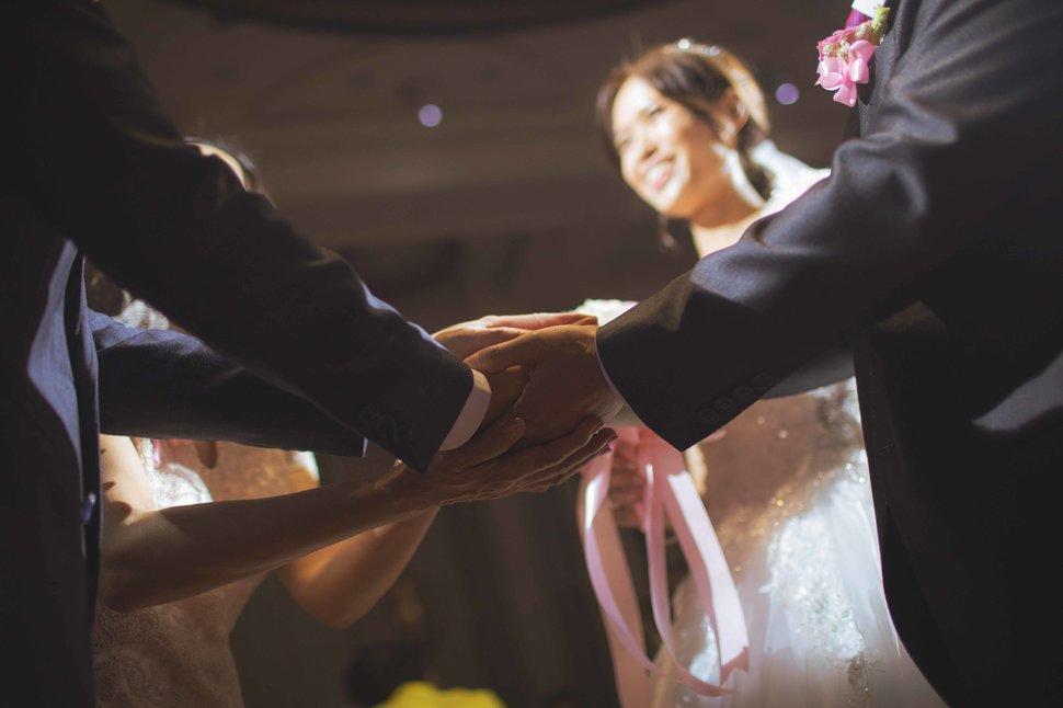 106 - 王竫 Photographer《結婚吧》