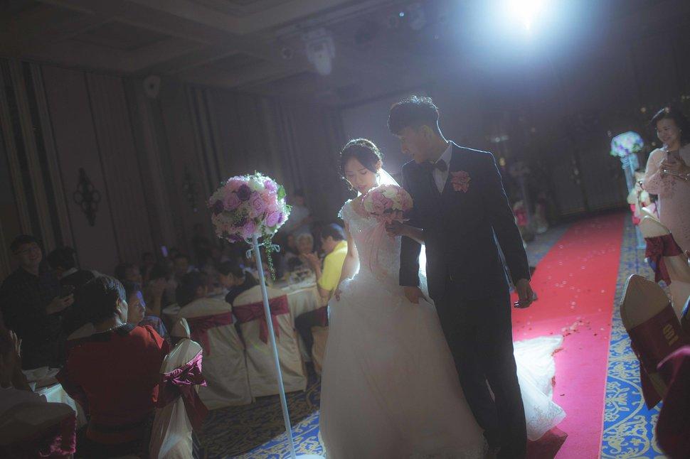 109 - 王竫 Photographer《結婚吧》