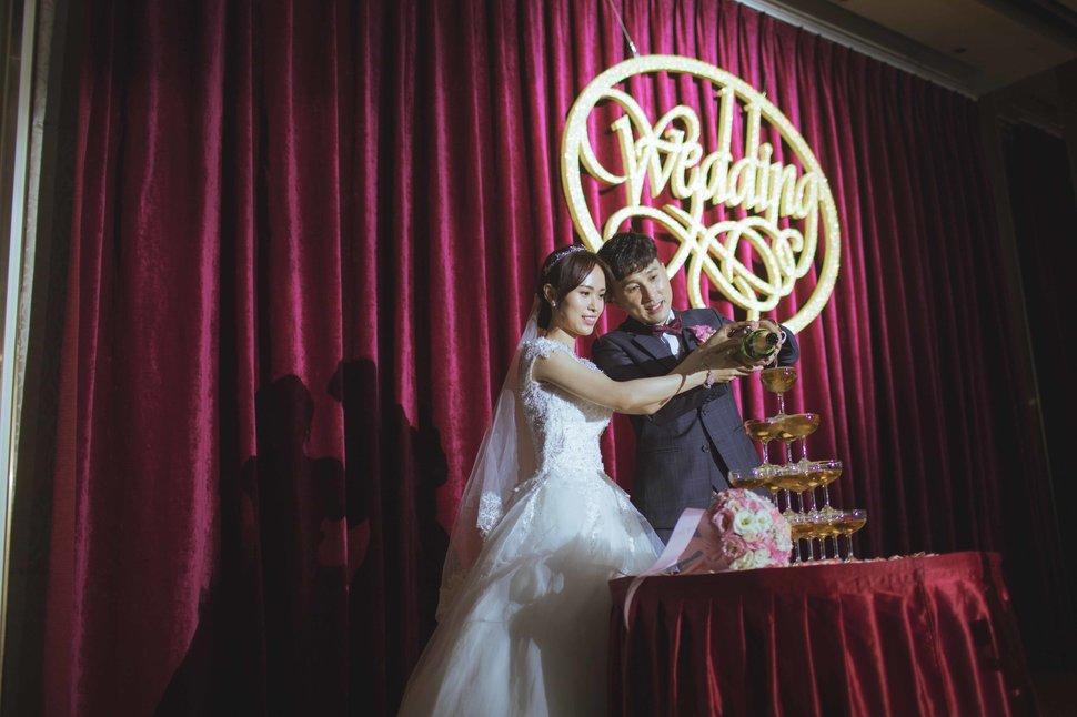 112 - 王竫 Photographer《結婚吧》
