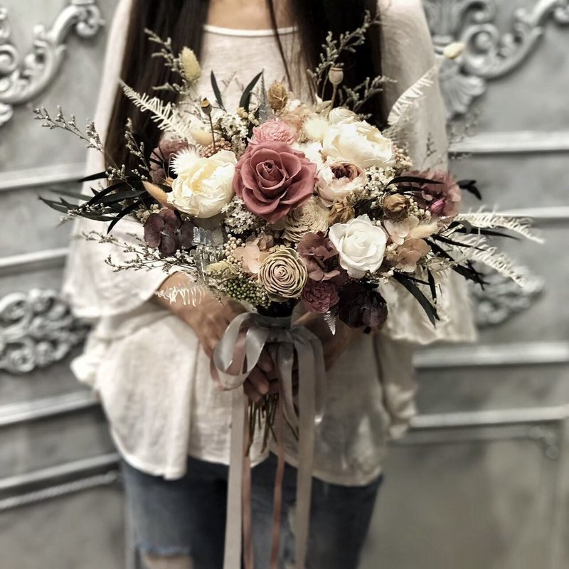 歐風復古玫瑰紅磚色永生玫瑰捧花