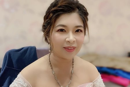 Sandy 芯儀彩妝造型x噴槍底妝-婚禮現場