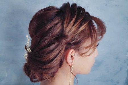 歐式線條低盤髮