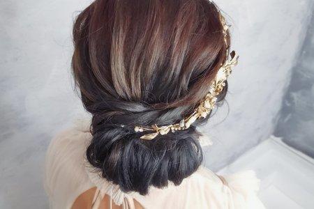 線條低盤髮
