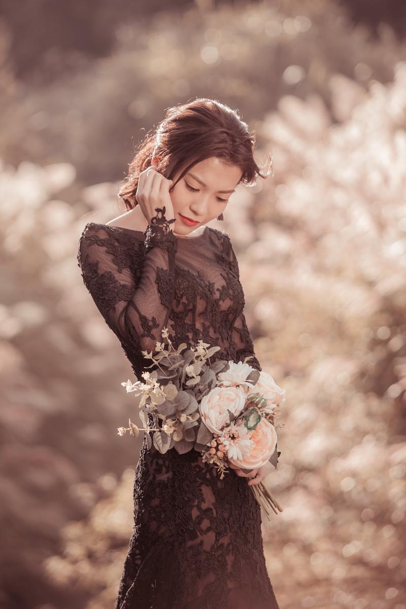 風華絕色 § 完美婚事-婚紗攝影,謝謝風華絕色會幫挑你想要的,會給你很多意見跟你分析。