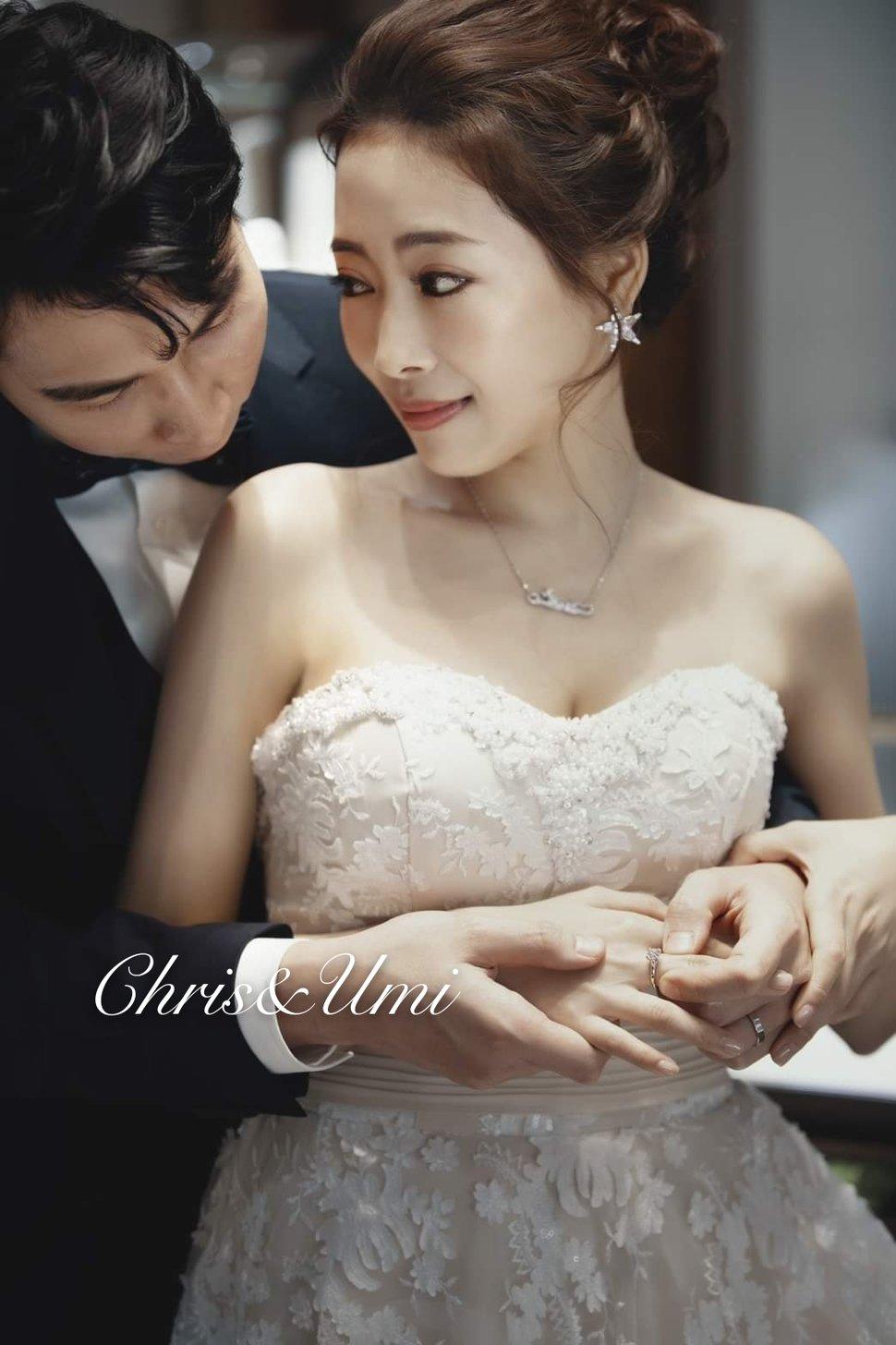 #Chris&Umi全球新秘推薦 #與古拉合作拍攝 - Chris han新娘造型《結婚吧》