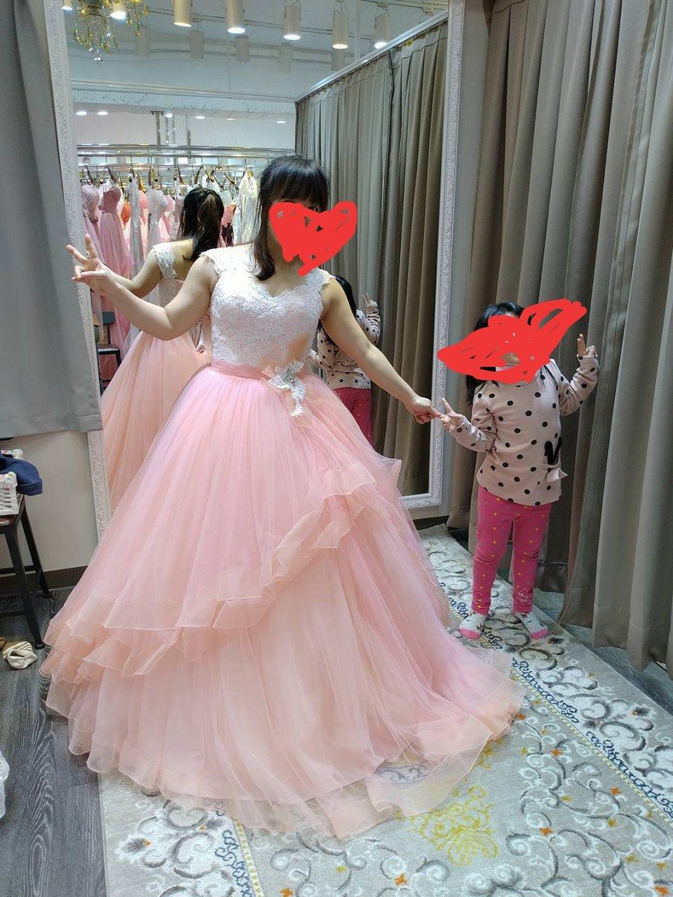 伊頓自助婚紗攝影工作室(台北西門店),婚紗
