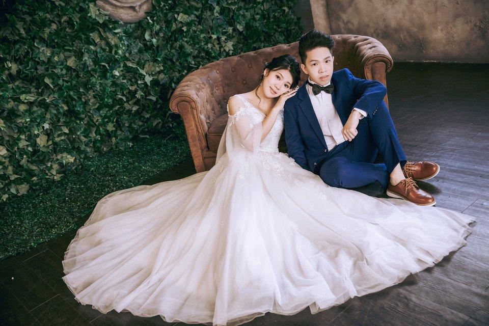 伊頓自助婚紗攝影工作室(新北板橋店),一價到底,不亂加價