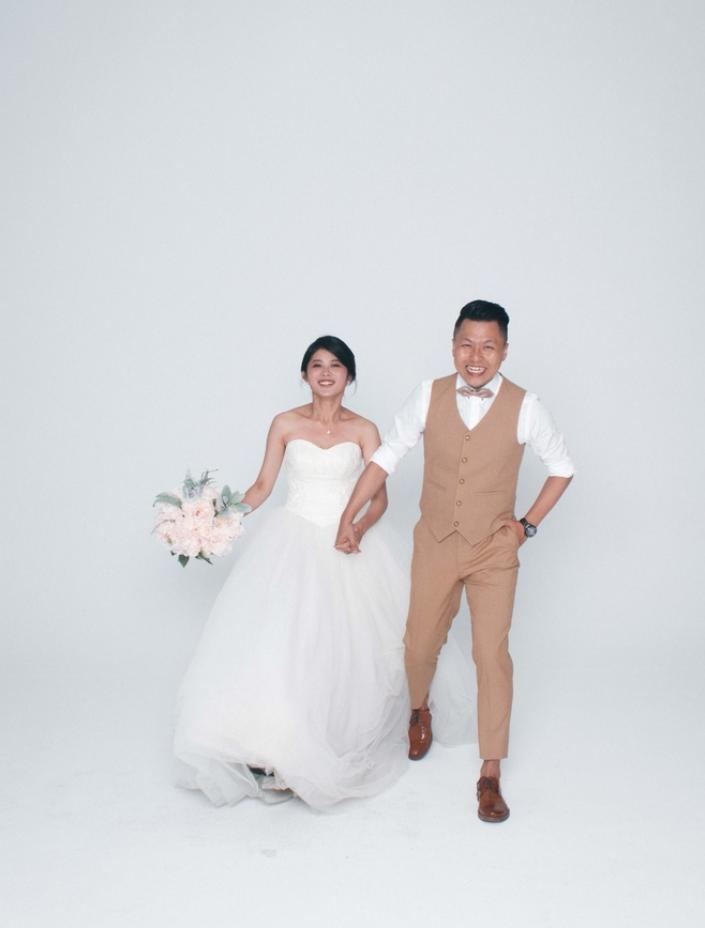 2 - Leo, 自助婚紗工作室《結婚吧》
