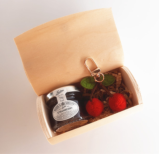 木盒+果醬+可愛櫻桃鑰匙扣