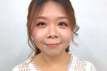 歐美可人小臉妝容