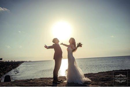 沖繩婚紗攝影|宜野灣海濱公園-美式、韓系、日系、清新、時尚、個性、中式精選婚紗風格