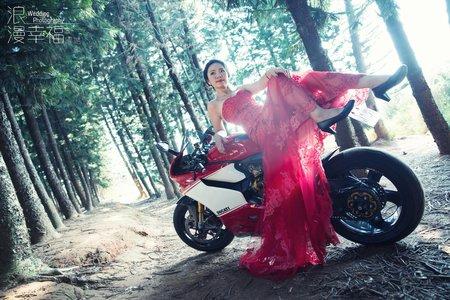 湘瑜 | 個人藝術照 | 浪漫幸福影像婚紗 | 九天黑森林| 國家歌劇院