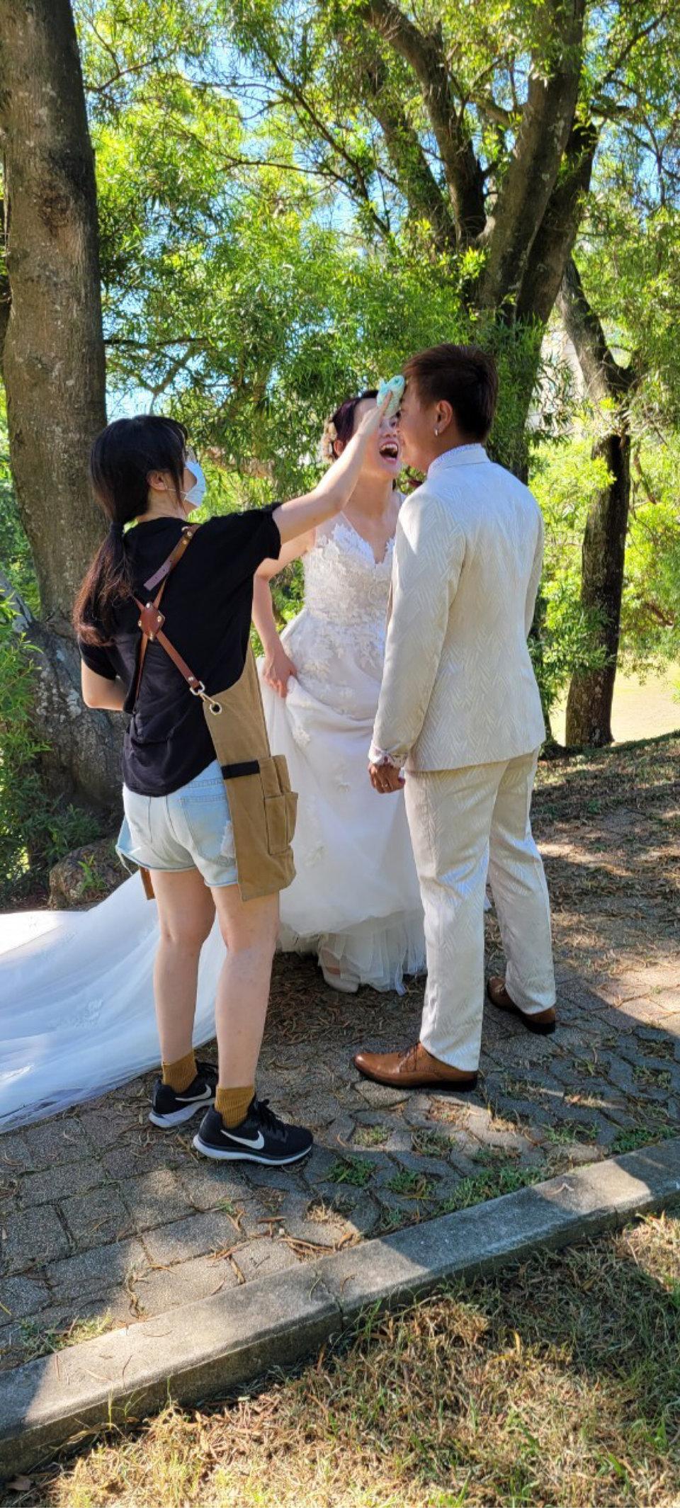 伊頓自助婚紗攝影工作室(新北板橋店),買了一顆健達出奇蛋,蹦出多種滋味