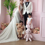 伊頓自助婚紗攝影工作室(高雄創始店),全家福—抓住孩子的稚氣童話