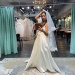 伊頓自助婚紗攝影工作室(台北西門店),婚紗禮服